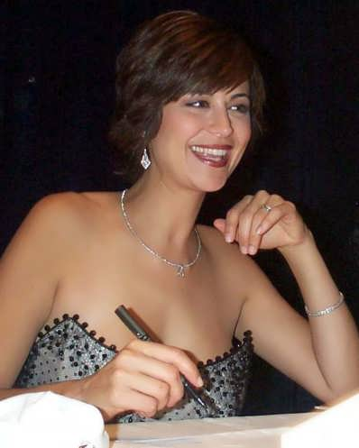 Catherine Bell Neck Scar