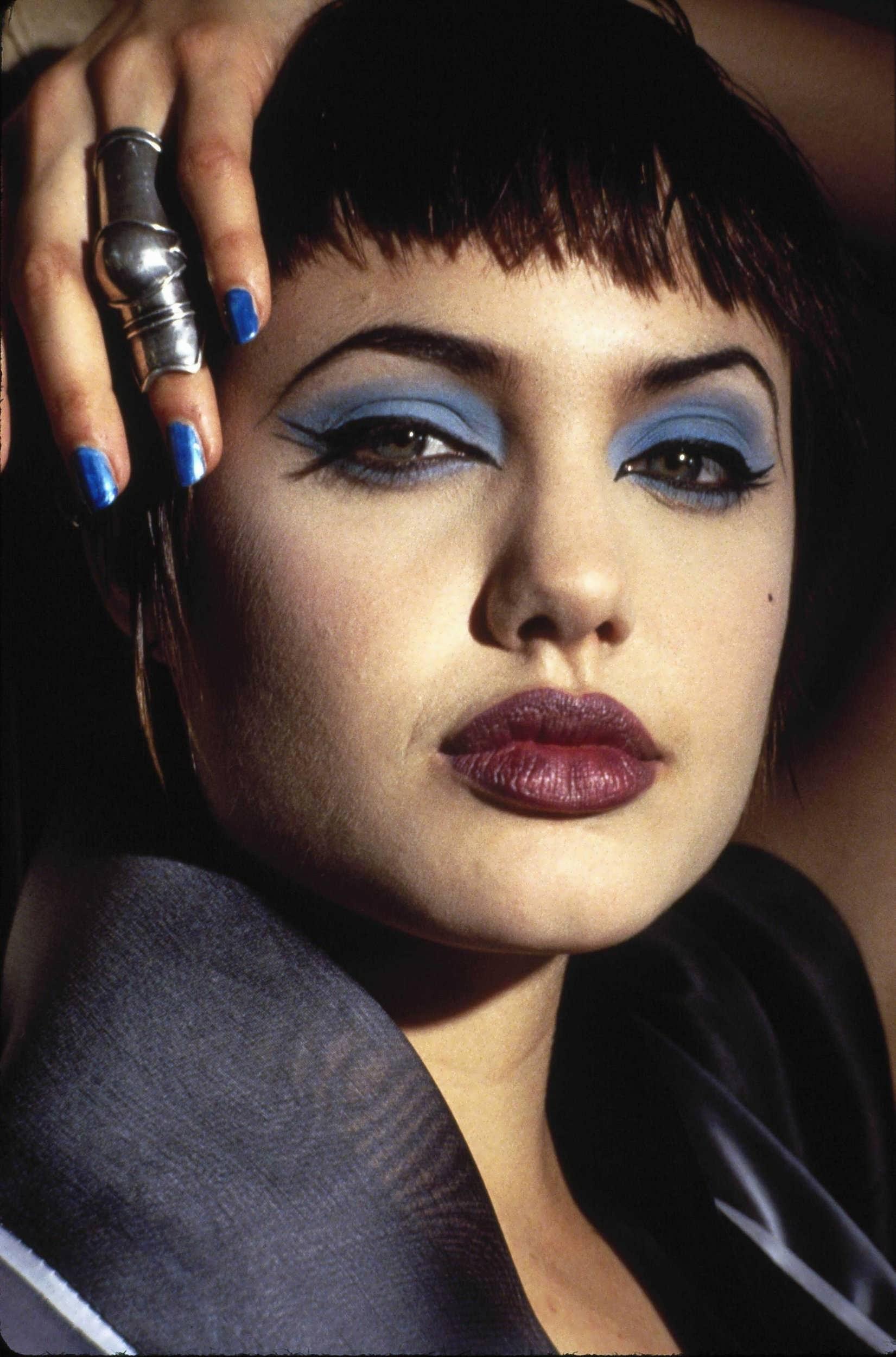 Angelina 1995