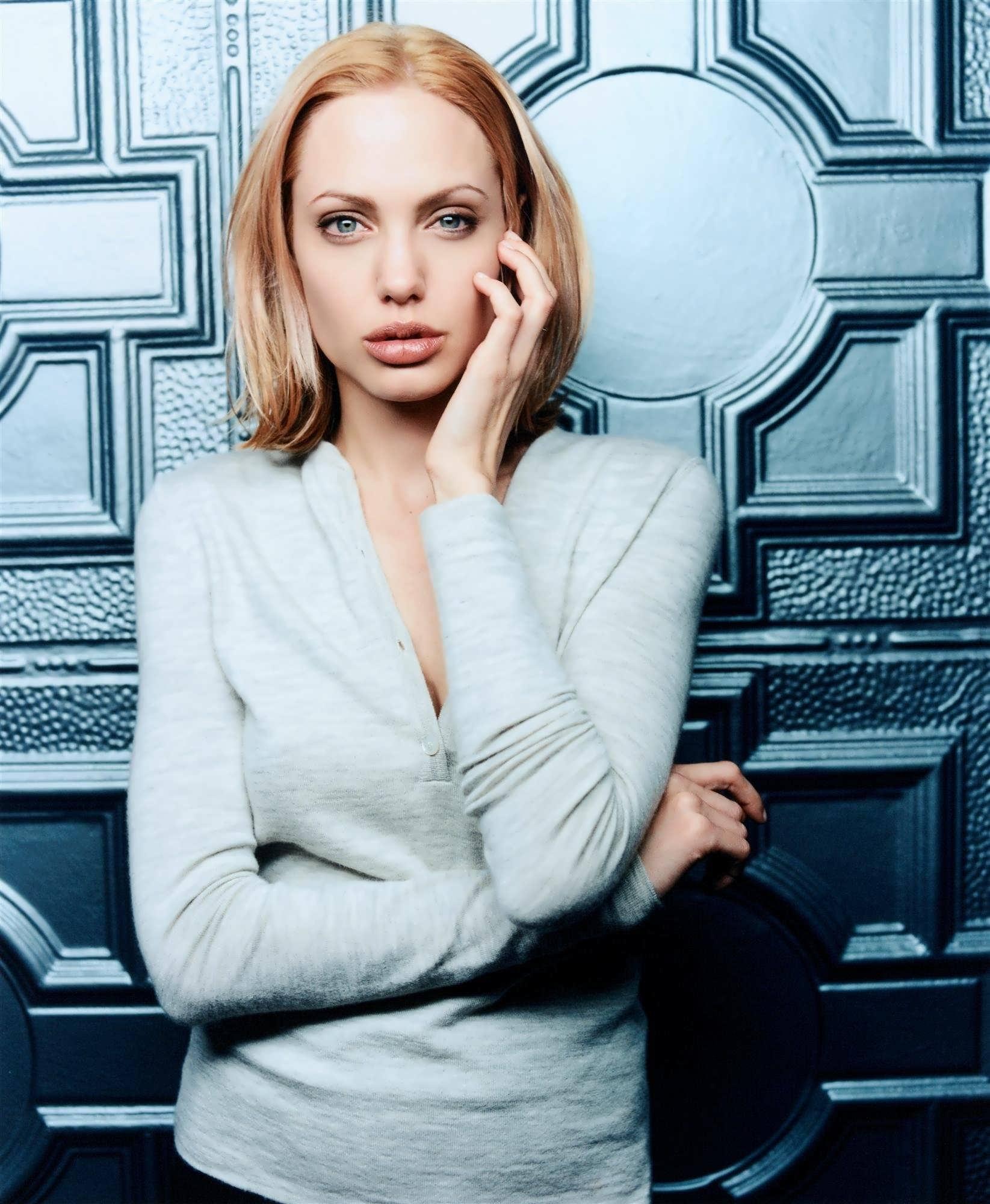 Angelina 1999