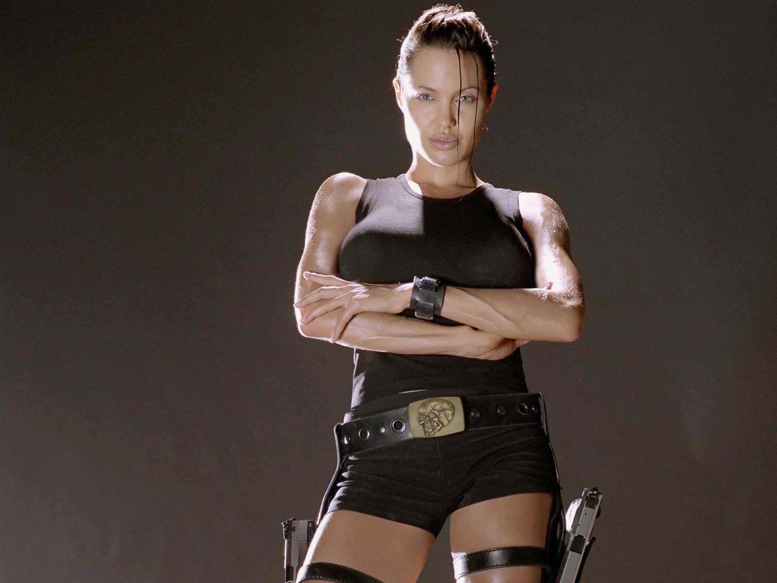 Angelina 2001