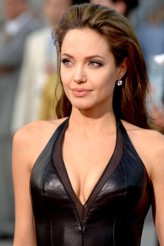 Angelina 2005