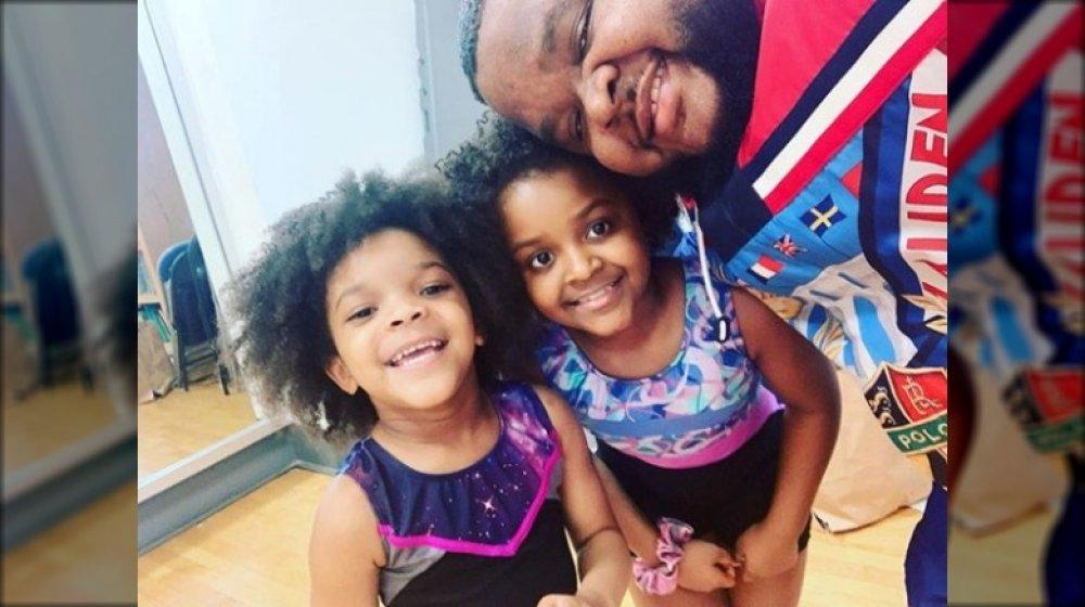Fred el ahijado y sus hijas