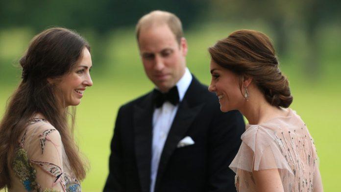 La marquesa de Cholmondeley y Kate Middleton