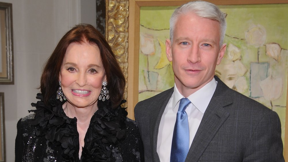 Anderson Cooper con su madre Gloria Vanderbilt