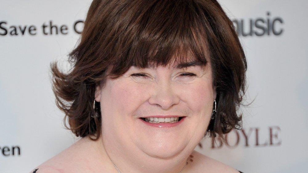 Susan Boyle asiste a una sesión de fotos para anunciar un sencillo de caridad para Save The Children en Sony Music
